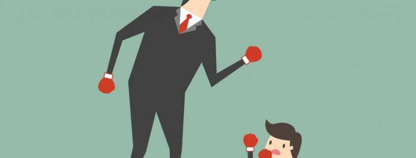 نکته اصلی که می خواهیم بر آن تاکید کنیم این است که عملکرد مفهوم چند بعدی است، و به هنگام ارزیابی برای پی بردن به وجود مزیت رقابتی در یک شرکت، لازم است که انواع مختلفی از سنجه های عملکرد را در نظر بگیریم. بهترین نشانگر وجود مزیت رقابتی در یک شرکت می تواند عملکرد بالا بر اساس ابعاد کاملا متفاوت سنجش عملکرد در طی چندین سال باشد.